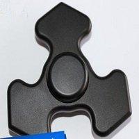 black tri fidget spinner