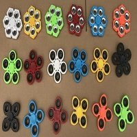 different color and types hand spinner