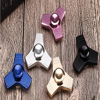 different colors aluminum alloy tri hand spinner