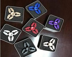 different colors three crabs fidget spinner