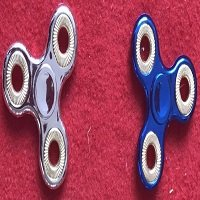 special tri hand spinner3